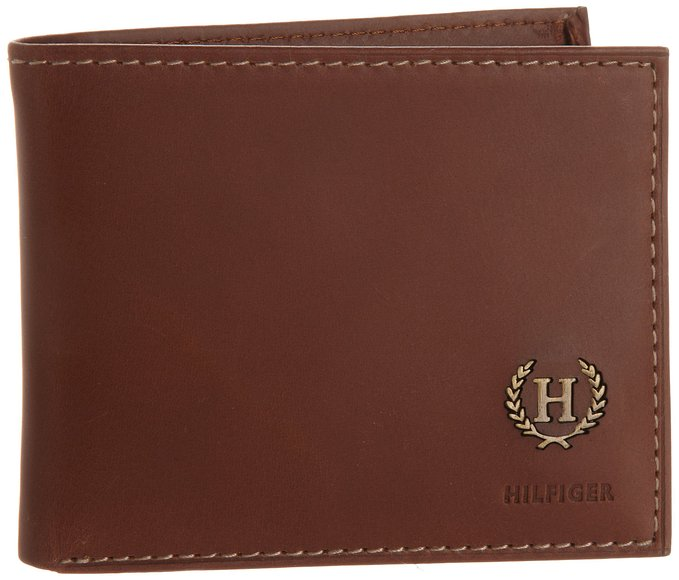 5. Hove Passcase Billfold Wallet